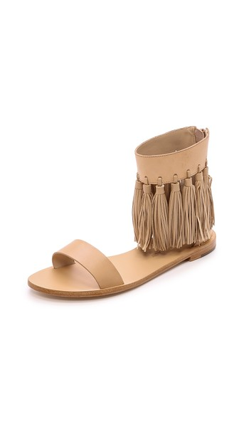 Best of: Neutral Sandals