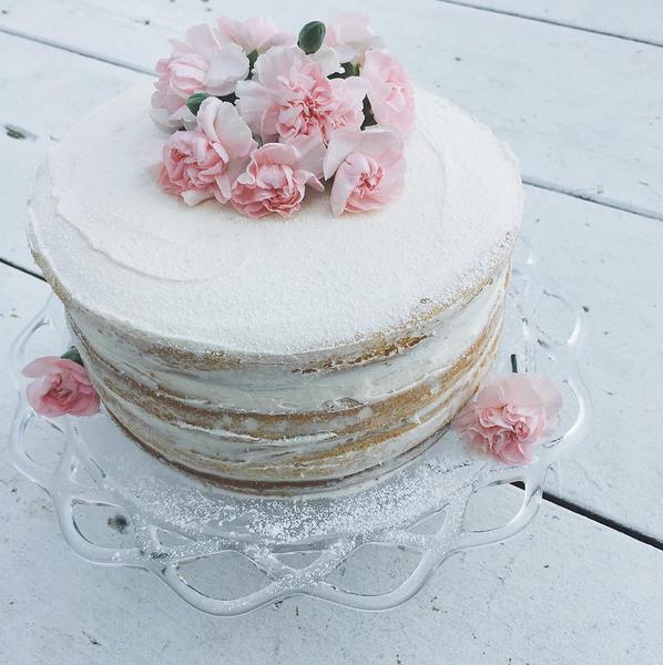 The Naked Cake