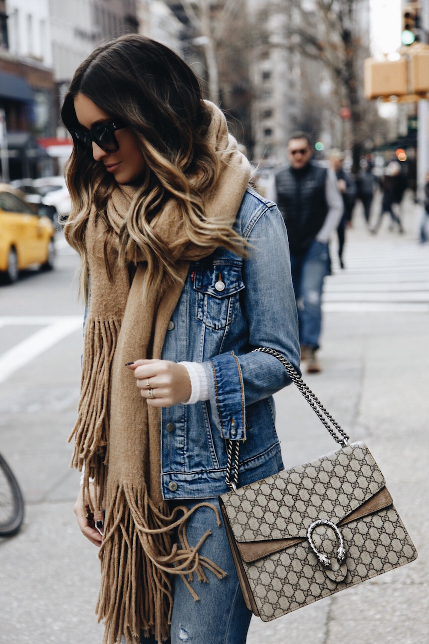 8b95d89616 I've always been a fan of denim on denim, I think they key is to just break  it up a little bit with a scarf, bright sweater, or another accessory that  ...