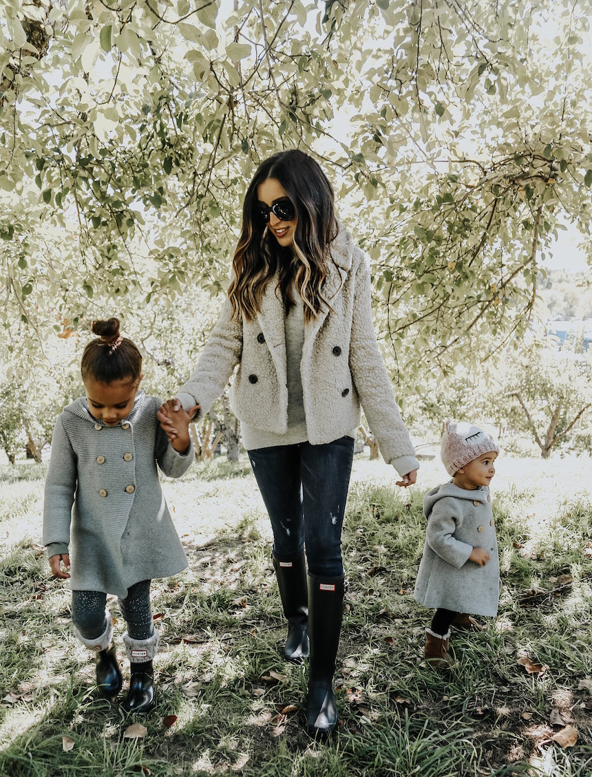 What To Wear For Fall/Winter Family Photos